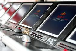 Red Bull Racing screens