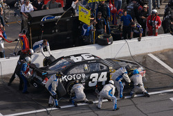 Pit stop for John Andretti