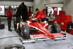 Car of Scott Dixon