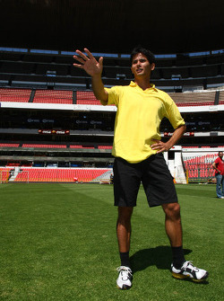 Alex Yoong, driver of A1 Team Malaysia at the Azteca stadium