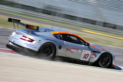 #10 Gigawave Motors Aston Martin DBR9: Philipp Peter, Darren Turner