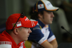 FIA press conference: Kimi Raikkonen, Scuderia Ferrari and Fernando Alonso, Renault F1 Team