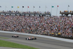 Vitor Meira leads Jeff Simmons;Townsend Bell