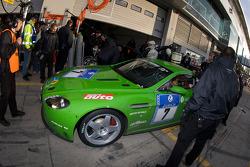 Pit stop for #7 Aston Martin V8 Vantage N24: Ulrich Bez, Christopher Porritt, Wolfgang Schuhbauer, Richard Meaden