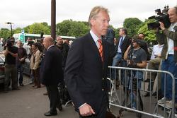 FIA deleguates enter the FIA Place de la Concorde headquarters
