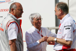 Ron Dennis, McLaren, Team Principal, Chairman, Bernie Ecclestone, President and CEO of Formula One Management and John Howett, Toyota Racing, President TMG
