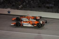 Enrique Bernoldi and Jaime Camara racing into the first corner