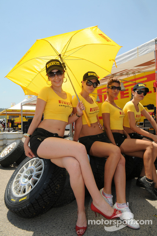 Pirelli kızları