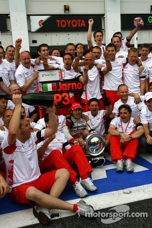 Jarno Trulli celebrates podium finish with Toyota F1 Team