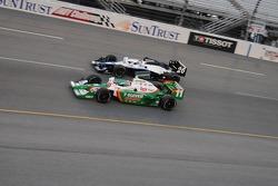 Tony Kanaan and Marco Andretti at the start