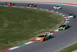 La partenza, #180 Kessel Racing Ferrari 458 Italia, Gautam Singhania in testa