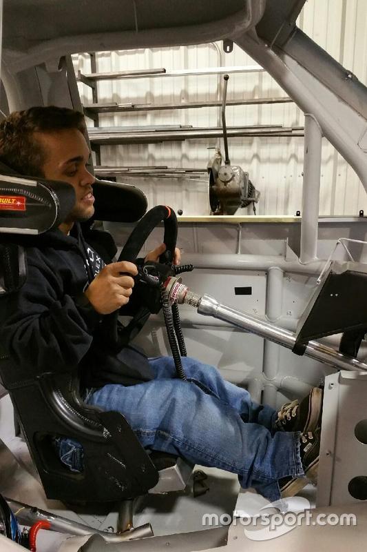 Rico Abreu s'installe dans un Truck de NASCAR