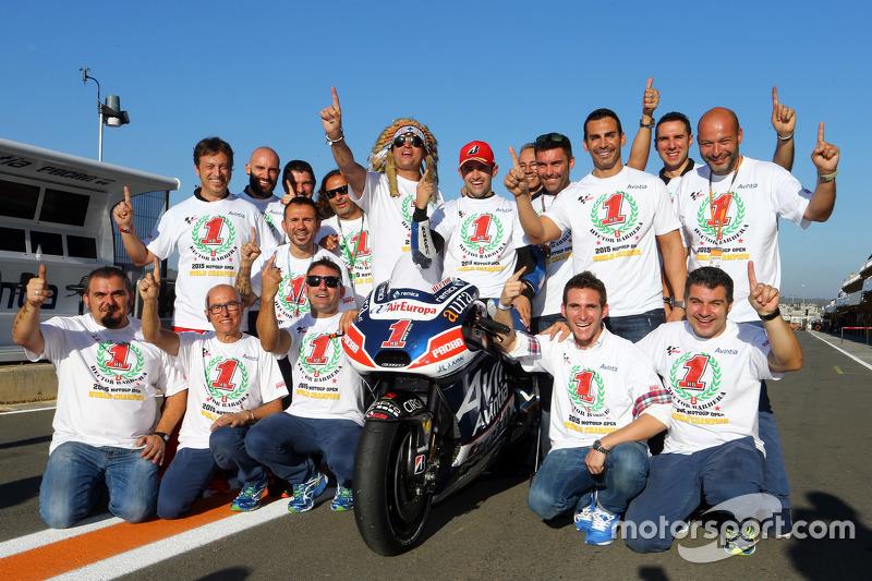 Open переможець класу та 2015 Champion Хектор Бербера, Avintia Racing Ducati