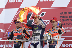 Podium: second place Marc Marquez, Repsol Honda Team and Winner and 2015 World Champion Jorge Lorenzo, Yamaha Factory Racing and third place Dani Pedrosa, Repsol Honda Team