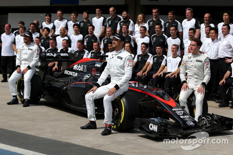 Stoffel Vandoorne, McLaren F1 Team, Test- und Ersatzfahrer, mit Jenson Button, McLaren Honda