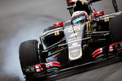 Ромен Грожан, Lotus F1 E23 блокирует колеса на торможении