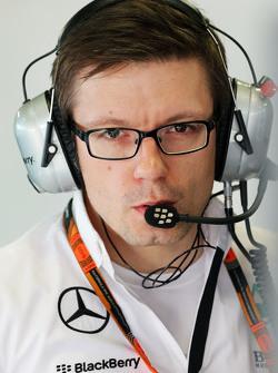 Пітер Боннінгтон, Mercedes AMG F1 гоночний інженер