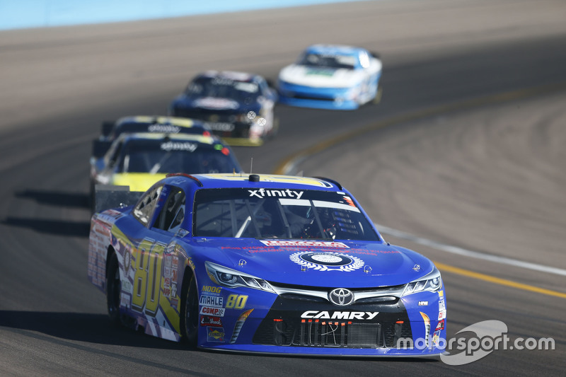 Ross Kenseth, Hattori Racing Enterprises Toyota and Mike Bliss, TriStar Motorsports Toyota