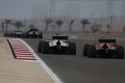 Arthur Pic, Campos Racing leads Alexander Rossi, Racing Engineering