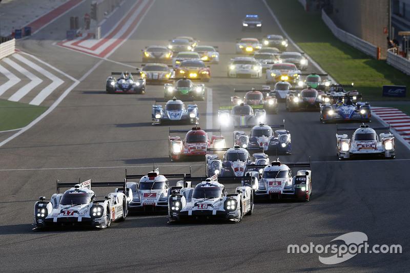 Inicio: #17 Porsche Team Porsche 919 Hybrid: Timo Bernhard, Mark Webber, Brendon Hartley y #18 Porsche Team Porsche 919 Hybrid: Romain Dumas, Neel Jani, Marc Lieb lideran