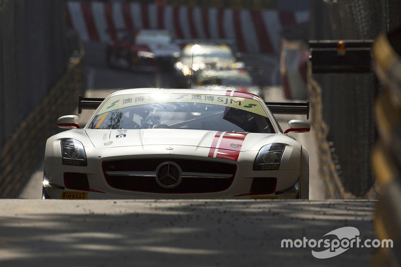 Маро Енгел, Mercedes AMG Driving Academy Mercedes–Benz SLS AMG GT3