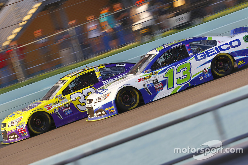 Ty Dillon, Chevrolet; Casey Mears, Germain Racing Chevrolet