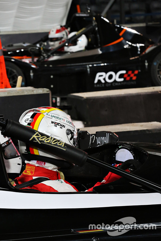 Sebastian Vettel en Tom Kristensen in de finale