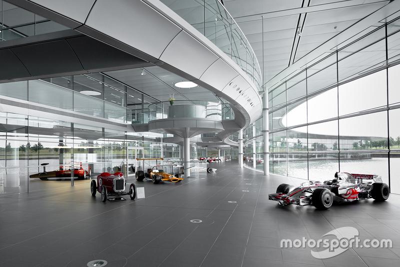 Historische McLaren-Fahrzeuge