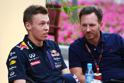 Daniil Kvyat, Red Bull Racing, mit Teamchef Christian Horner, Red Bull Racing