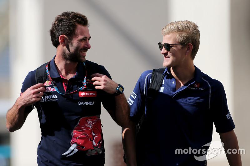 Marcus Ericsson, Sauber F1 Team, und Sam Village