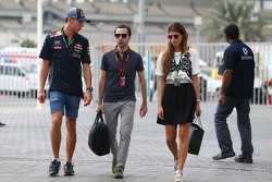 Pierre Gasly, Red Bull Racing, Testfahrer, mit Nicolas Todt, Manager