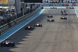 Virtual Safety Car, as Esteban Ocon, ART Grand Prix, Kevin Ceccon, Arden International y Marvin Kirc