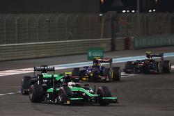 Oliver Rowland, Status Grand Prix devant Nathanael Berthon, Team Lazarus et Sean Gelael, Carlin