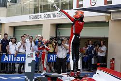 Чемпион 2015 года - Эстебан Окон, ART Grand Prix