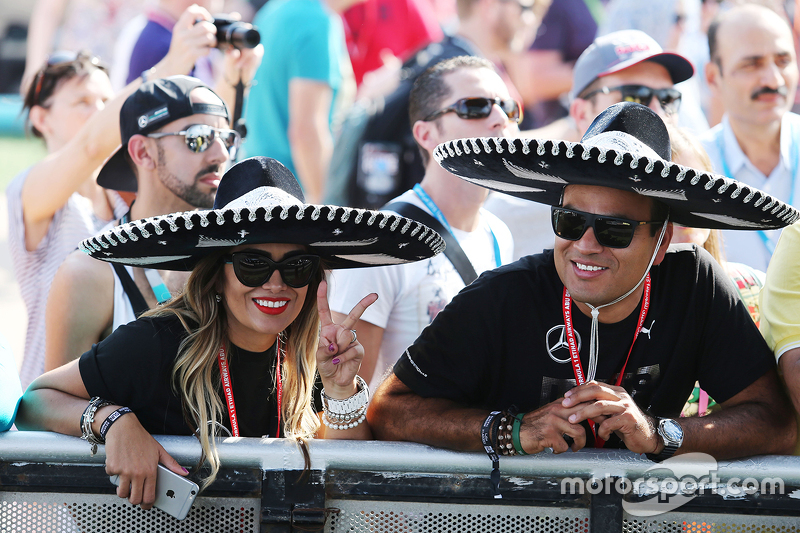 Fans von Sahara Force India F1 Team