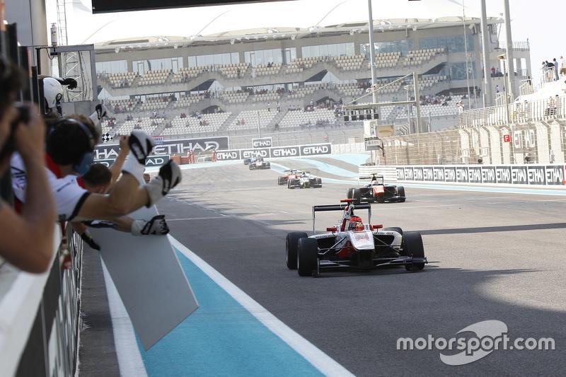 GP3 2015 – Абу-Даби, вторая гонка