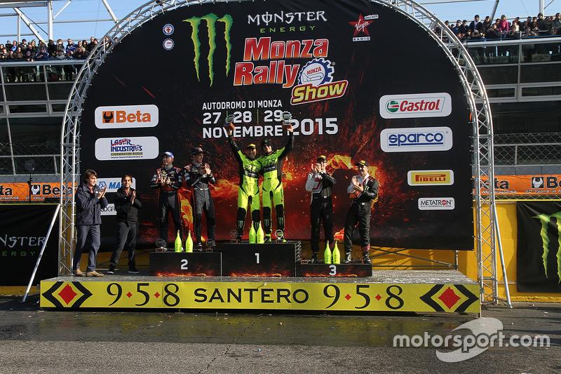 Das Podium bei der Rally-Show in Monza
