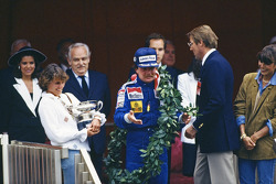 Race winner Keke Rosberg, Williams