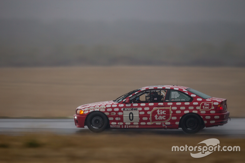 #0 Grip Racing, BMW 330ci