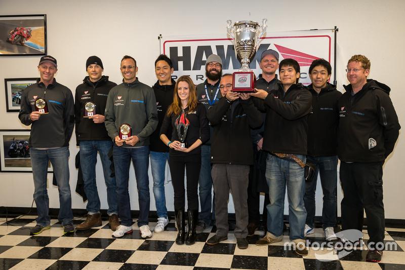 Загальний переможець #45 Flying Lizard Motorsports Audi R8 LMS: Darren Law, Tomonobu Fujii, Johannes van Overbeek, Guy Cosmo