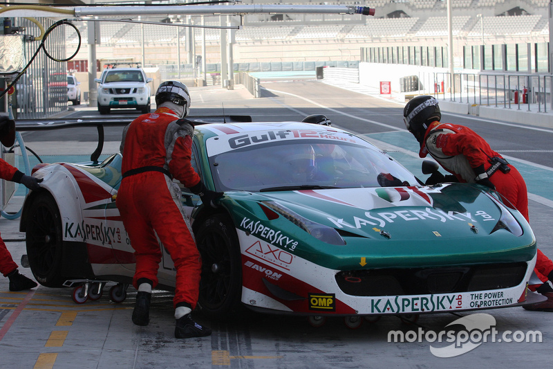 #50 AF Corse Ferrari 458 Italia: Riccardo Ragazzi, Alexта er Moiseev, Франціско Гуедес
