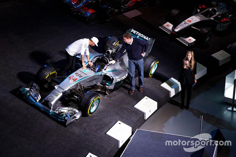 Lewis Hamilton and Ola Kaellenius