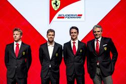 Da sinistra a destra: Kimi Raikkonen, Sebastian Vettel, Esteban Gutierrez e Maurizio Arrivabene, Team Principal Scuderia Ferrari