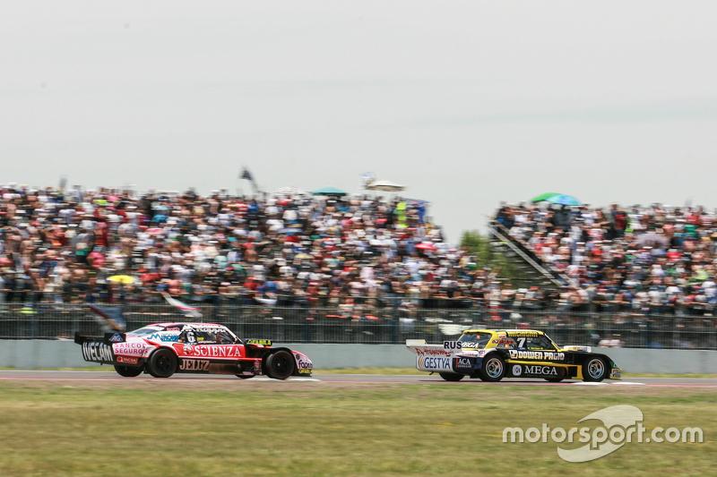 Омар Мартінез, Martinez Competicion Ford, Гільєрмо Ортеллі, JP Racing Chevrolet