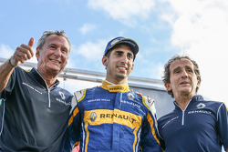 Jean-Paul Driot, race winner Sébastien Buemi and Alain Prost, Renault e.Dams