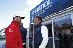 François Ribeiro, Eurosport Events Motorsport Director and Jose Maria Lopez, Citroën C-Elysee WTCC, Citroën World Touring Car team