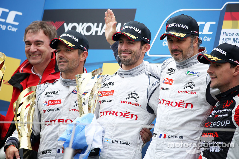 Podium: race winner Jose Maria Lopez, Citroën C-Elysée WTCC, Citroën World Touring Car team, second place Sébastien Loeb, Citroën C-Elysee WTCC, Citroën World Touring Car team, third place Yvan Muller, Citroën C-Elysee WTCC, Citroën World Touring Car team and Norbert Michelisz, Honda Civic WTCC, Zengo Motorsport