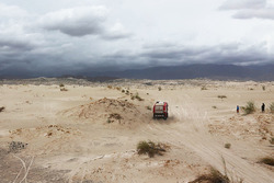 Truck in den Dünen
