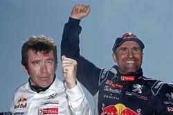 Categoria auto, il vincitore Stéphane Peterhansel, Peugeot Sport con Bruno Famin