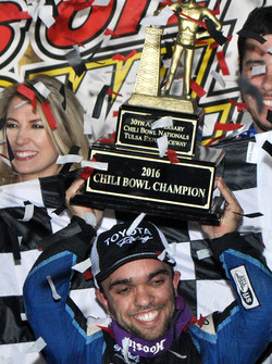 Rico Abreu celebrates his second consecutive Golden Driller
